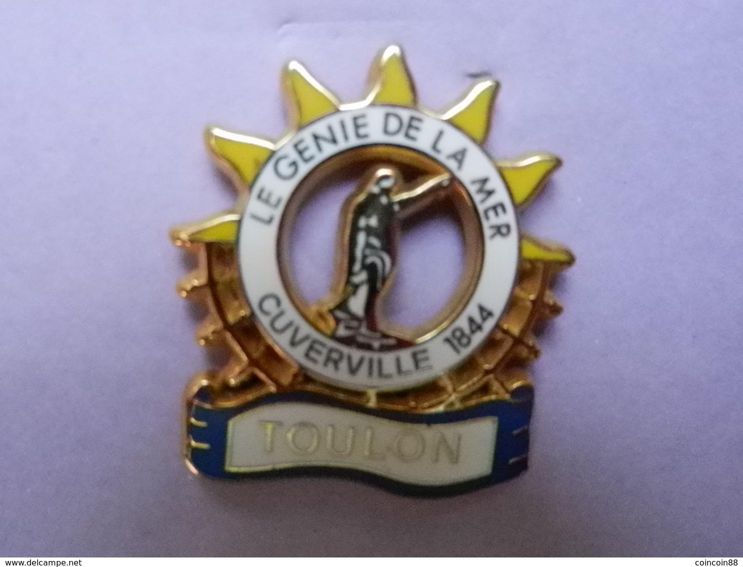 """PIN'S Arthus BERTRAND-TOULON : STATUE Du GENIE De La MER Baptisée """"CUVERVILLE"""" En ZAMAC Base Or, 2,5X2,9cm - Steden"""