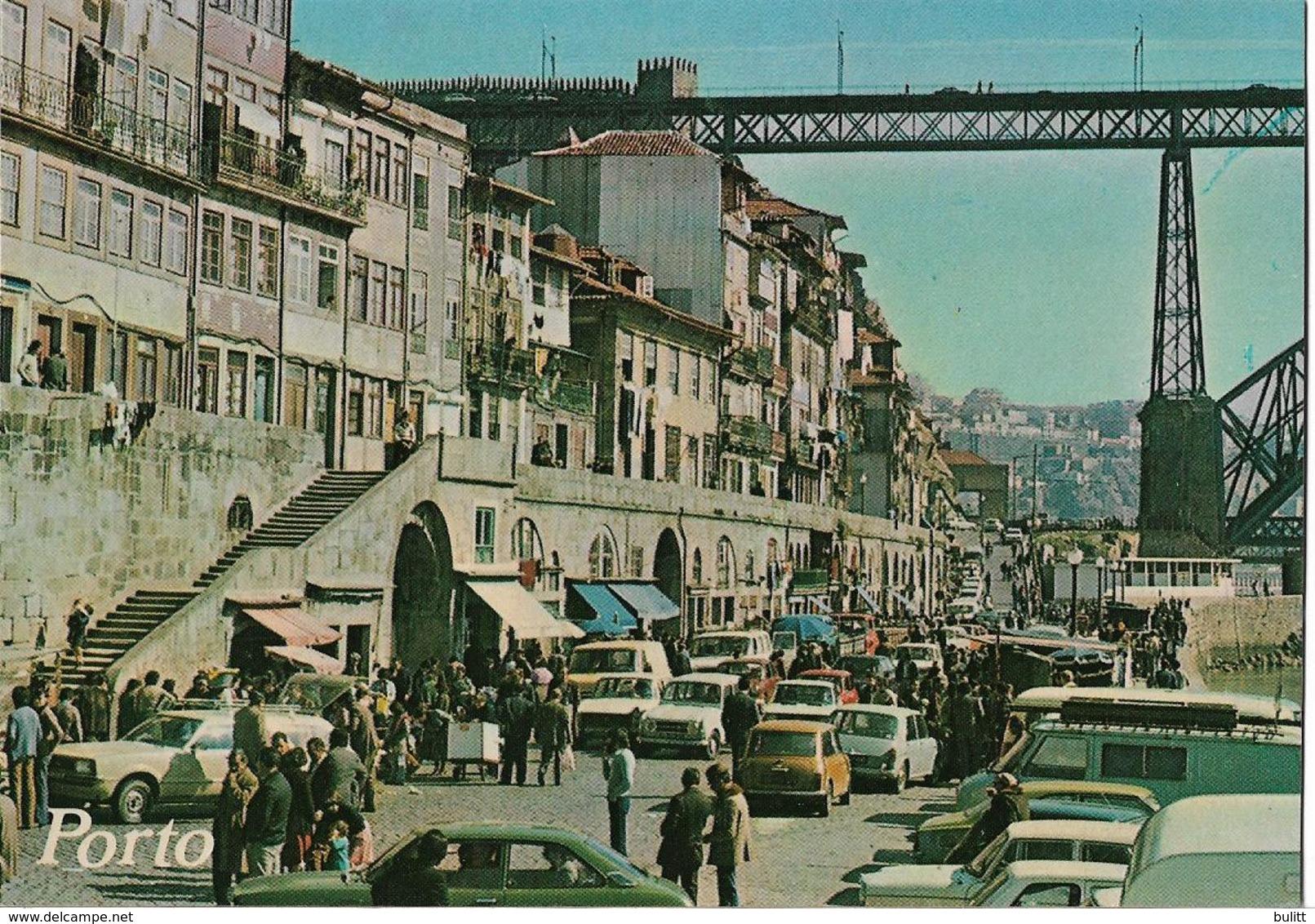 PORTUGAL - PORTO - Marché Du Quai De La Rivière - Voiture : Renault 4 L - Peugeot 404 - Simca - Porto