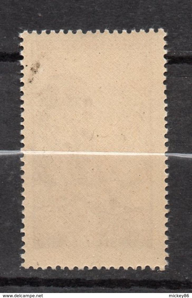 1945-Timbre De Bienfaisance PTT --n° 43 - 3F Rouge Violacé--cote 5€....NEUF ** ....à Saisir - France