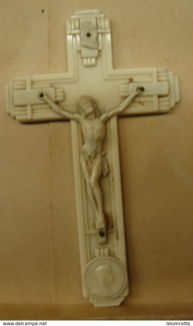 Rel. 5. Croix En Plastique - Religión & Esoterismo