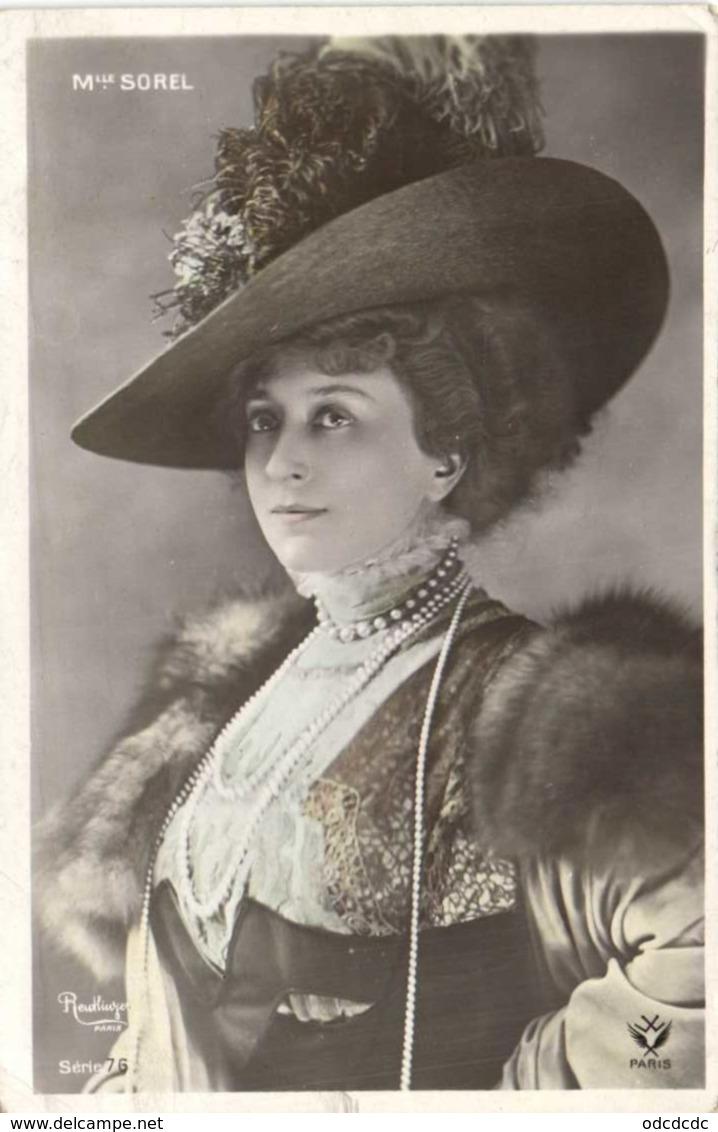 Mme SOREL Reutlinger Chapeau Bijoux RV - Artistes