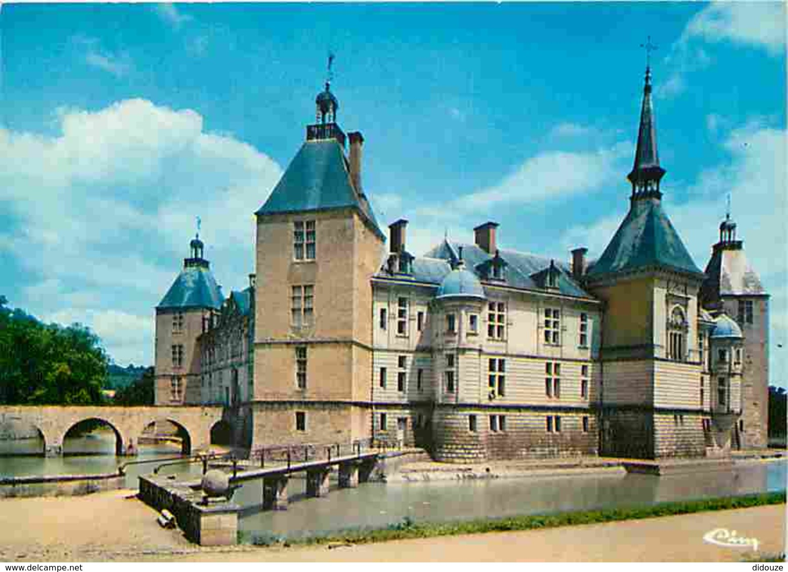 71 - Sully - Le Château - Carte Neuve - Voir Scans Recto-Verso - Francia