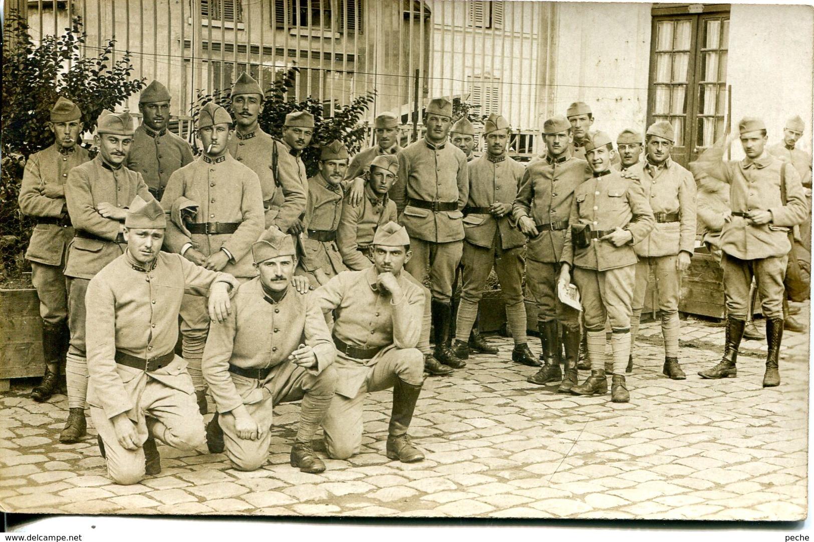 N°3027 T -carte Photo Soldats  -Versailles- - Regiments