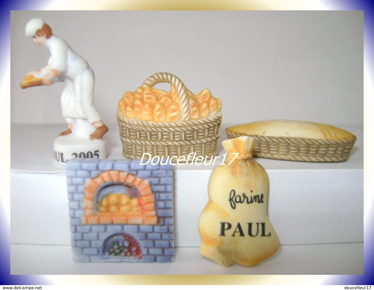 Paul 2005 ... Serie Complète De 5 Fèves Personalisées ...Ref AFF : 20-2005 ... ( Pan 0042) - Anciennes