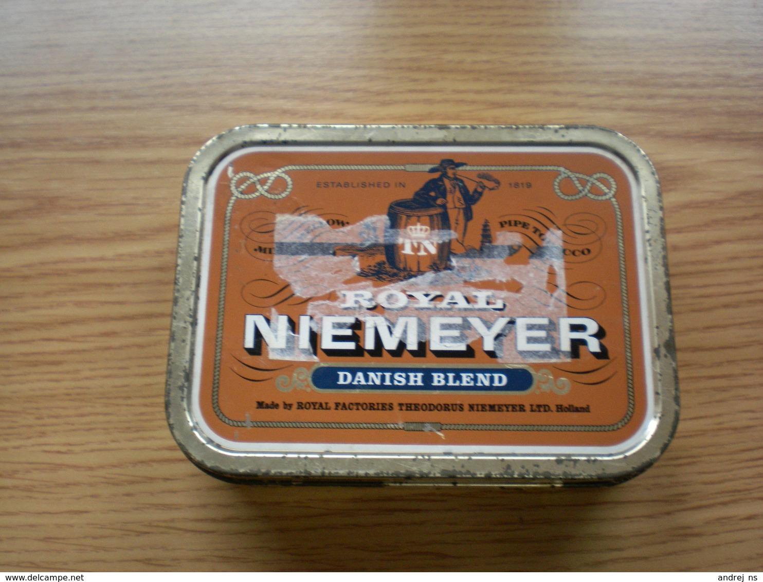 Old Tin Box Pipe Tobacco Royal Niemeyer Danish Blend - Contenitori Di Tabacco (vuoti)