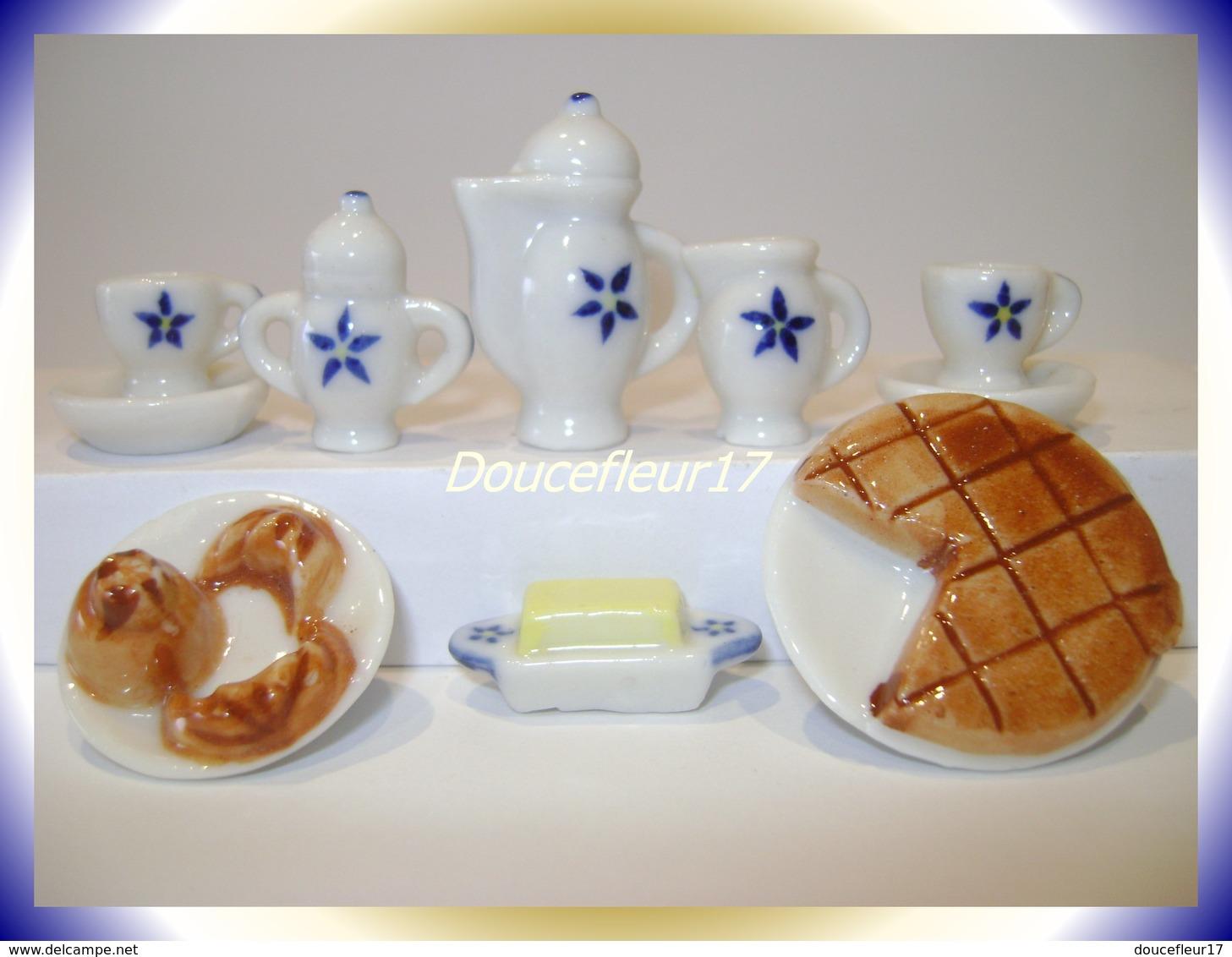 Petit Déjeuner Des Rois ...Série Complète .. Ref AFF :37-1993...(pan 0020) - Anciennes