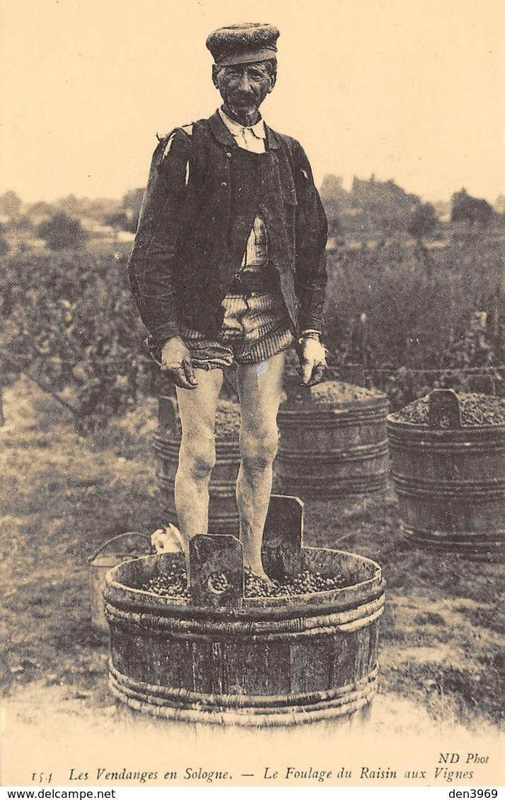 Les Vendanges En Sologne - Le Foulage Du Raisin Aux Vignes - Cecodi N'120 - France