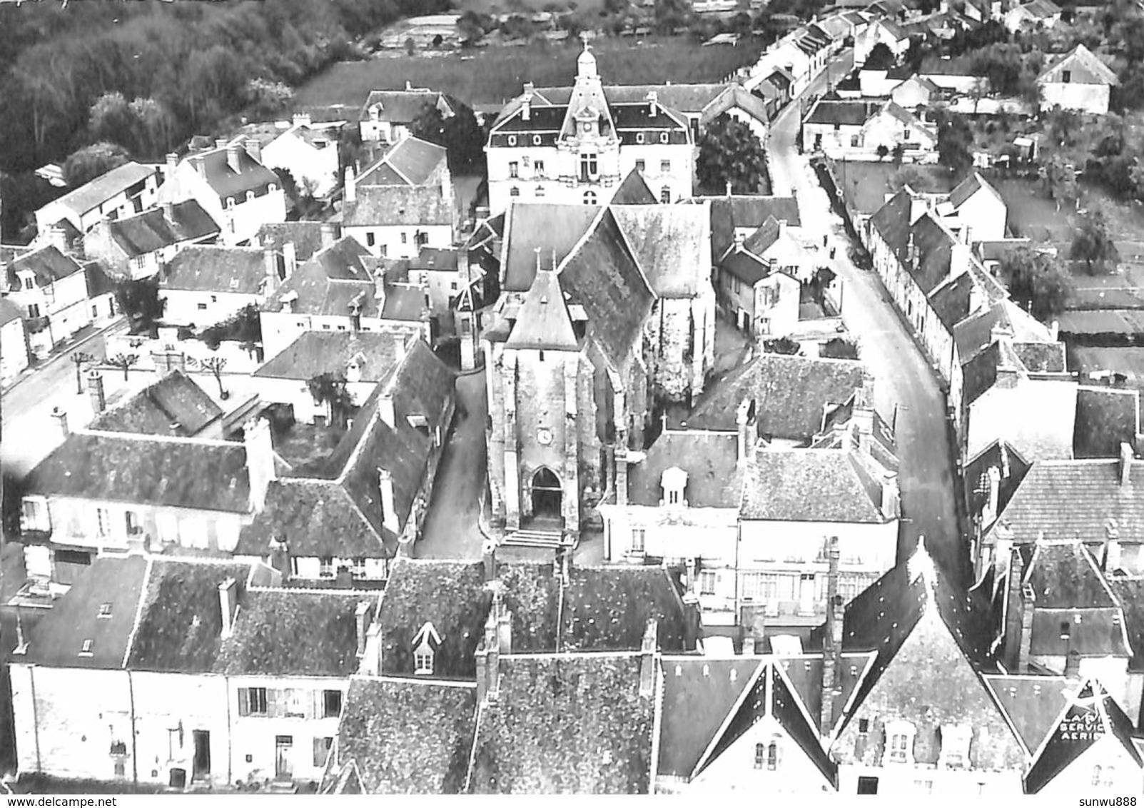 58 - St Amand-en-Puisaye - L'Eglise Et Les Ecoles (vue Aérienne 1959) - Saint-Amand-en-Puisaye