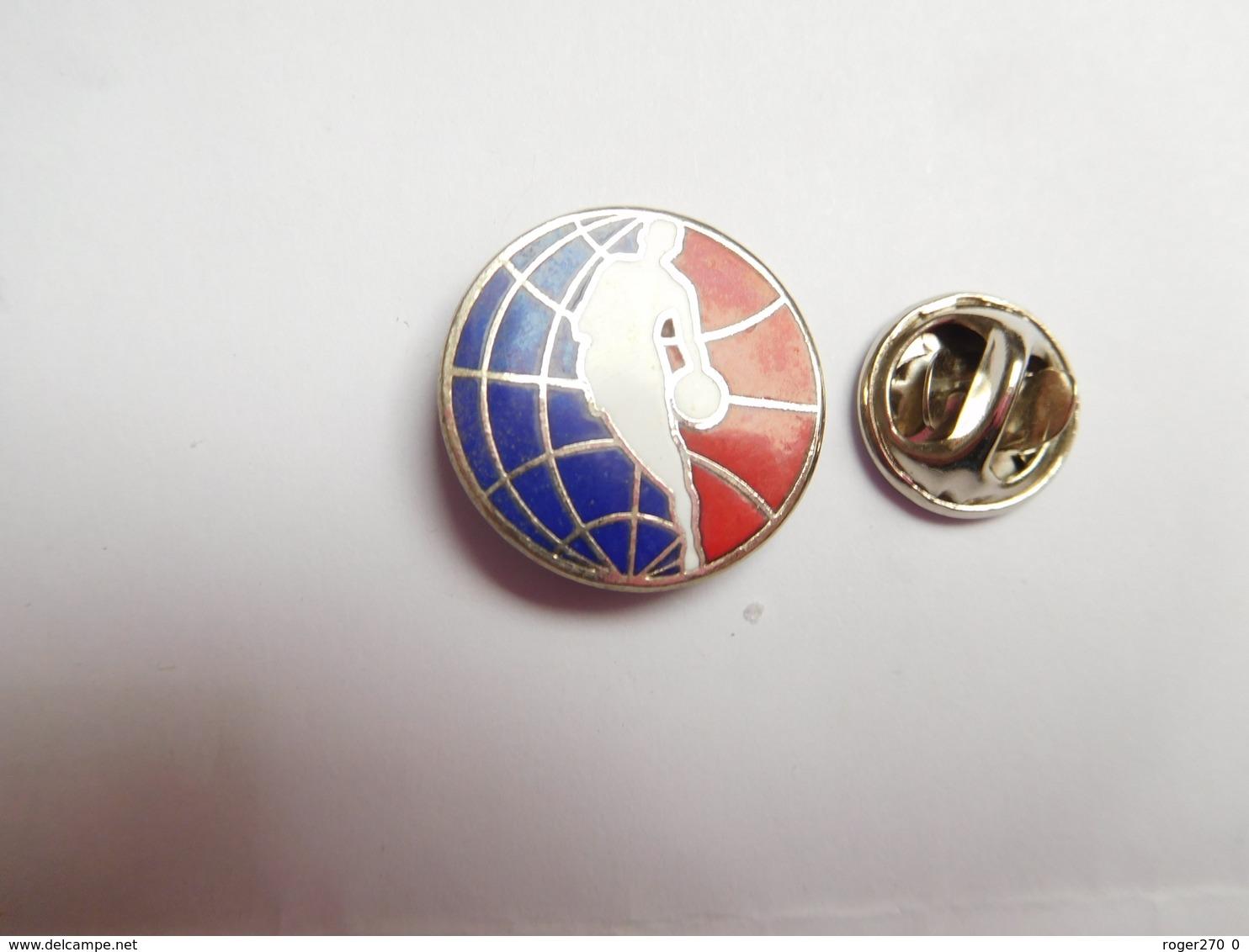 Superbe Pin's En EGF , Basket US , NBA - Basketball