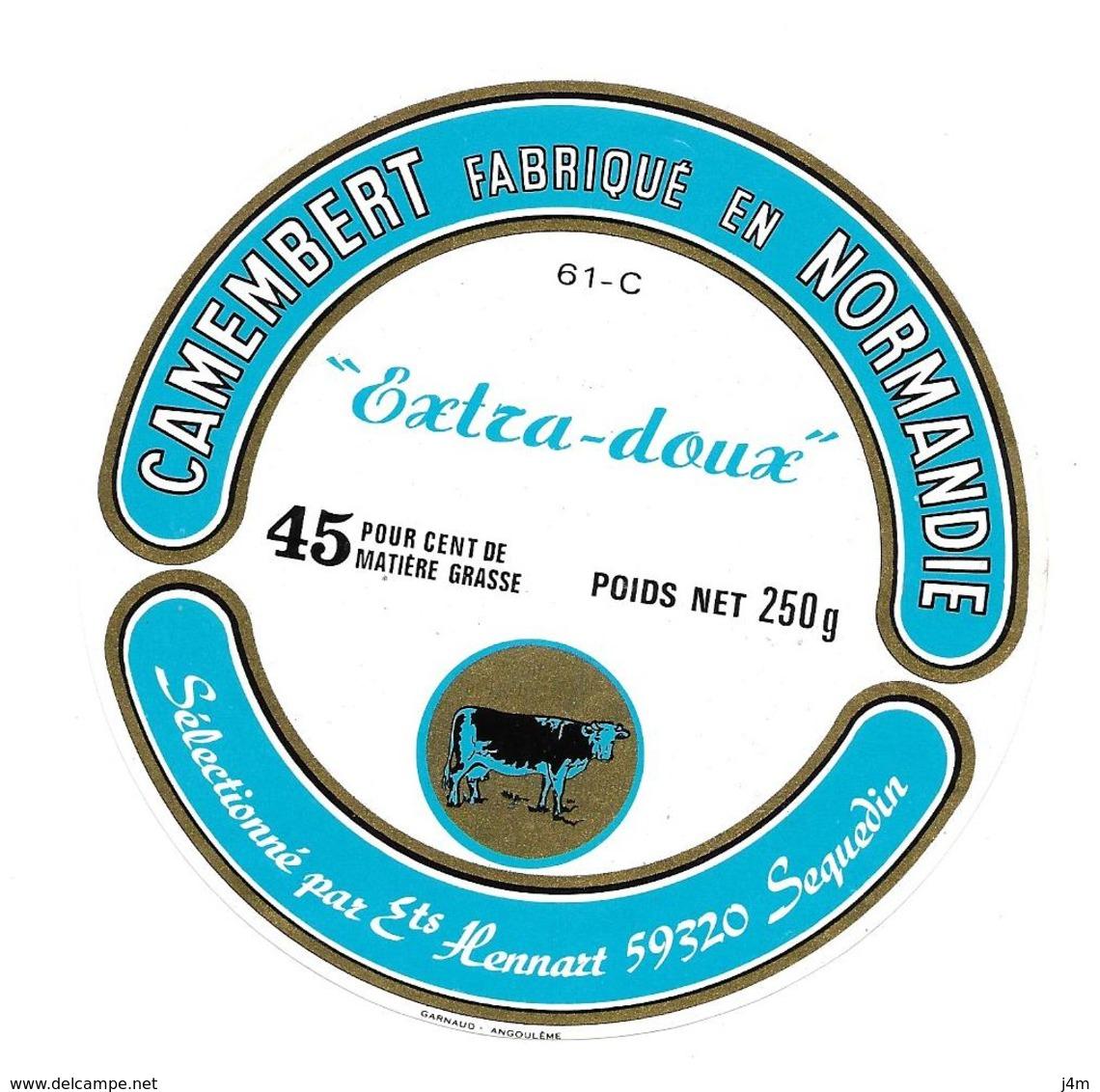 ETIQUETTE De FROMAGE..CAMEMBERT Fabriqué En NORMANDIE ( Orne 61)..Sélectionné Ets HENNART à SEQUEDIN (59) - Cheese