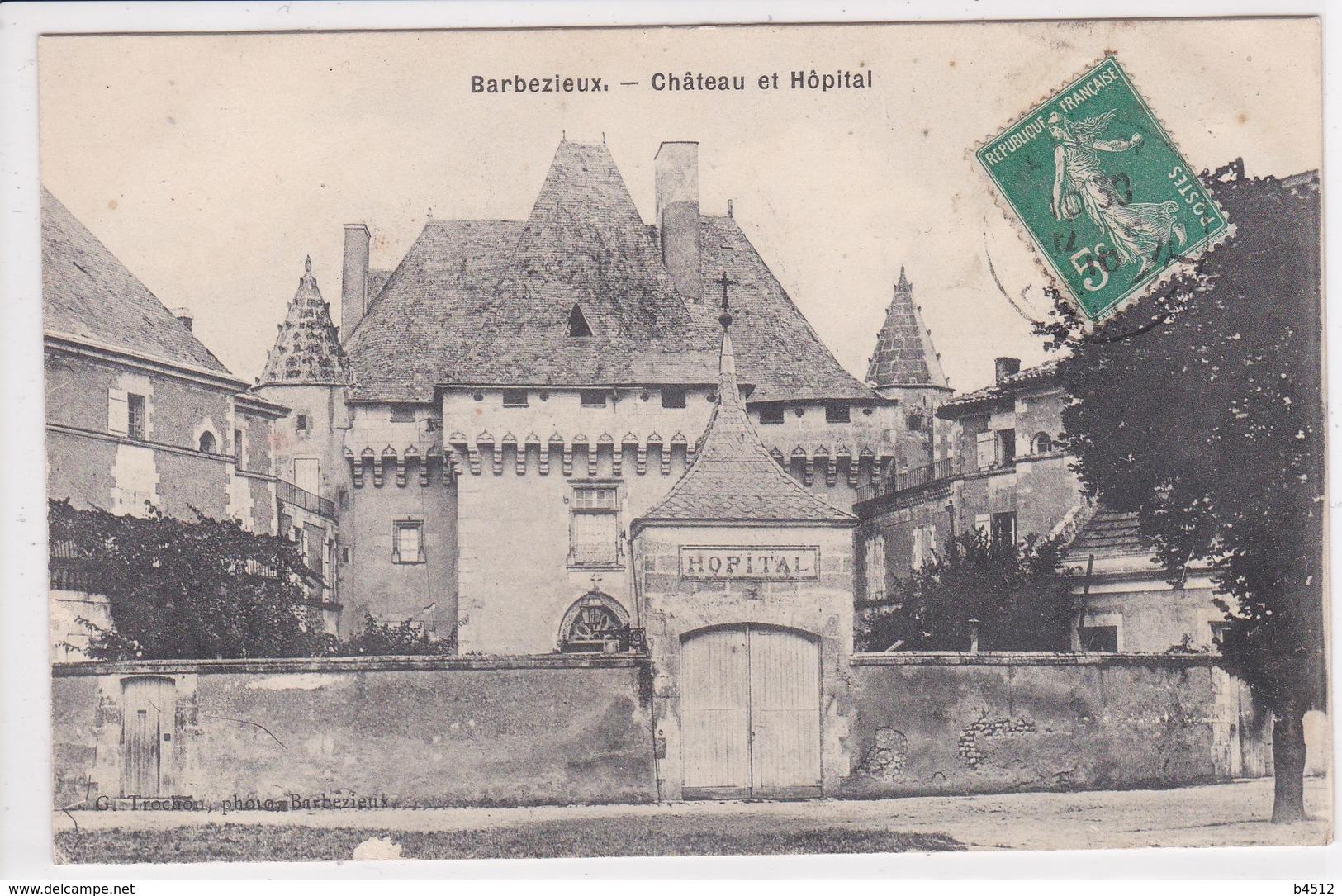 16 BARBEZIEUX Château Et Hôpital ,façade Porte D'entrée - France