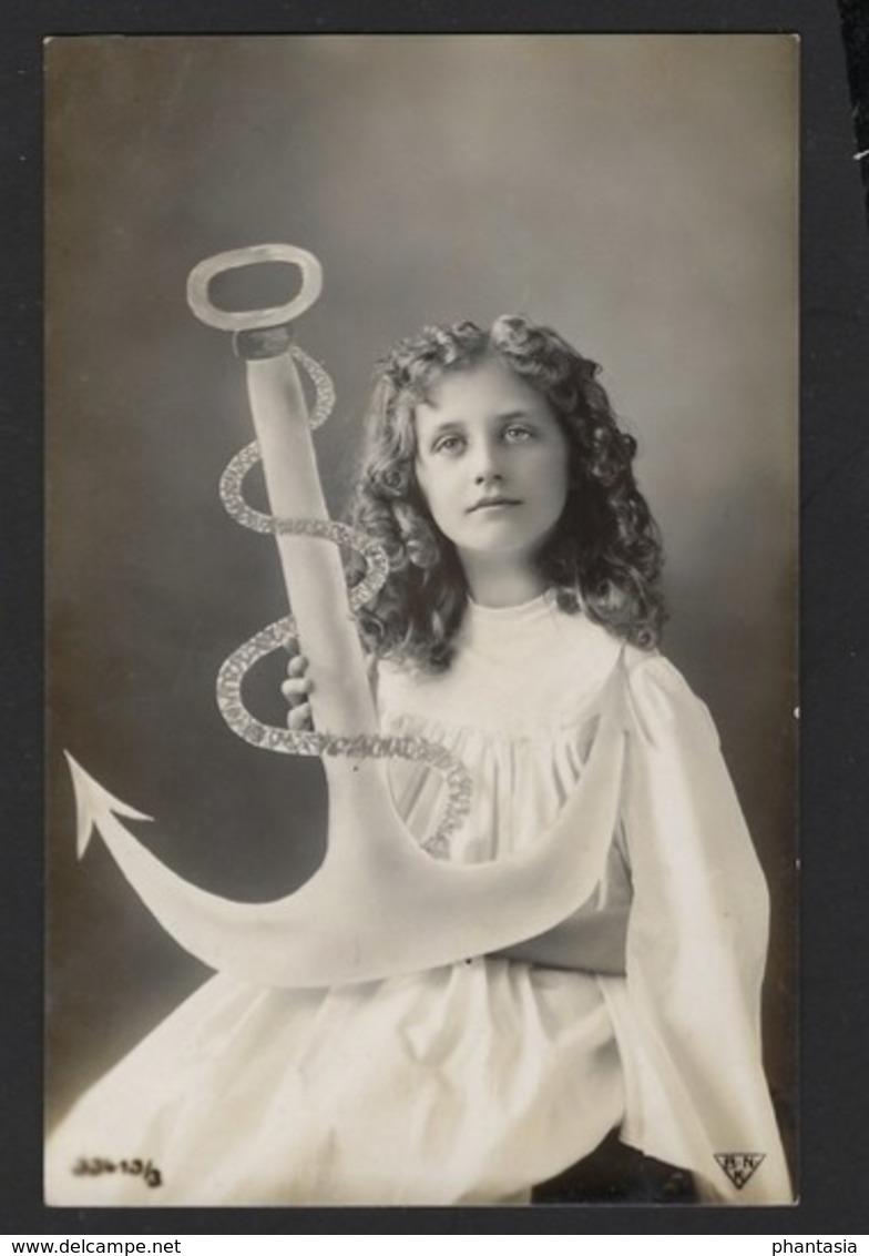 Fillette - Meisje - Child - Girl - Devotion - Dévoteé - Geloof - Anker - Anchor - Ancre - 191x - Carte Brillante - Portraits