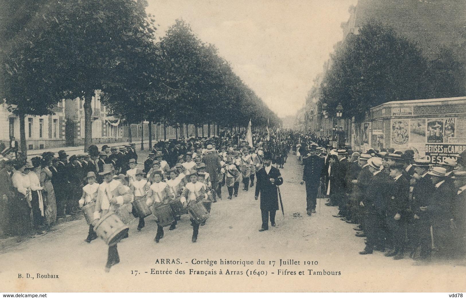 ARRAS Cortége Historique Du 17 07 1910 Entrée Des Francais à Arras Vue 17 état Neuf - Arras
