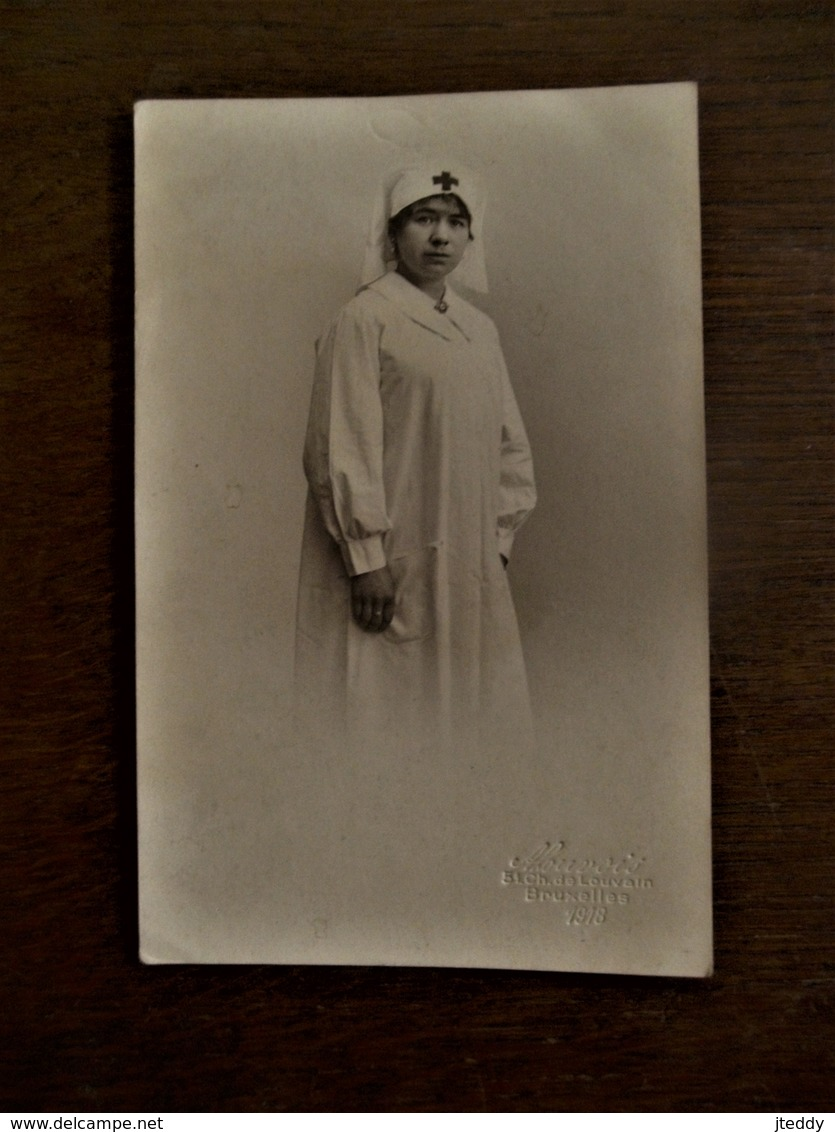 Antieke Fotokaart Verpleegster In 1918 - 1914-18