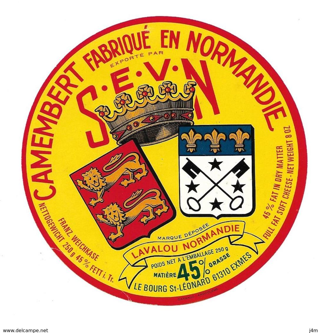ETIQUETTE De FROMAGE..CAMEMBERT Fabriqué En NORMANDIE..SEVN..LAVALOU à LE BOURG St LEONARD ( Orne 61) - Cheese