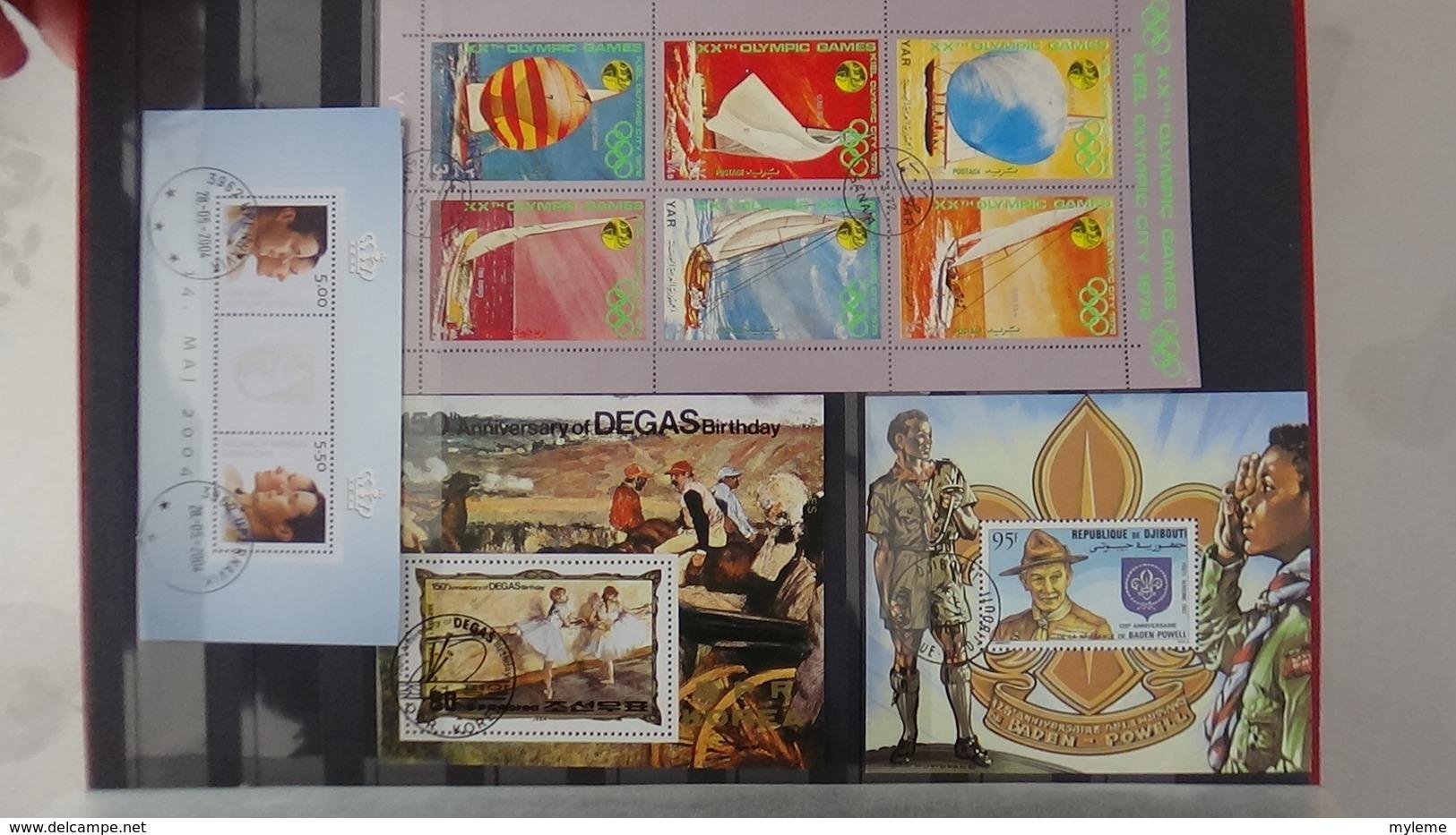 B441 Album De 201  Blocs Et Bandes Oblitérés De Différents Pays. A Saisir !!! - Timbres
