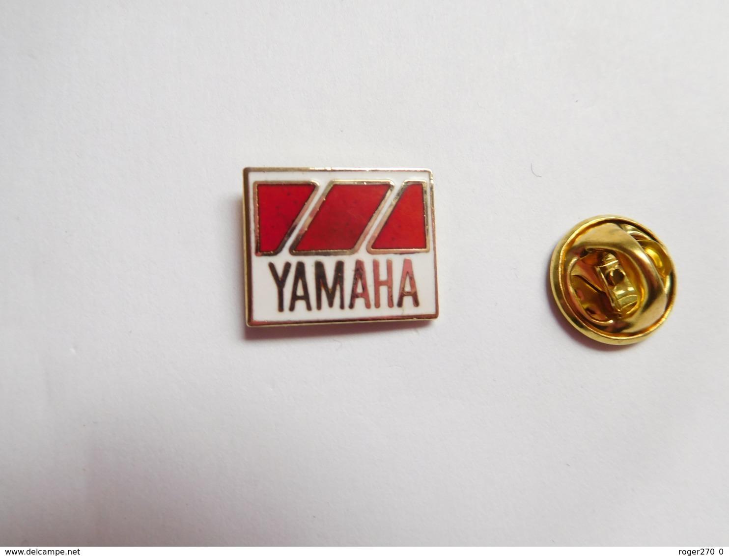 Beau Pin's , Moto Yamaha , En EGF - Motorfietsen