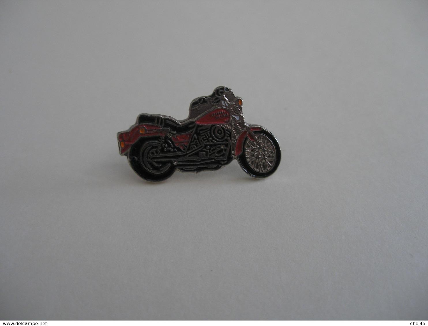 MOTO HARLEY DAVIDSON ?? - Motorfietsen