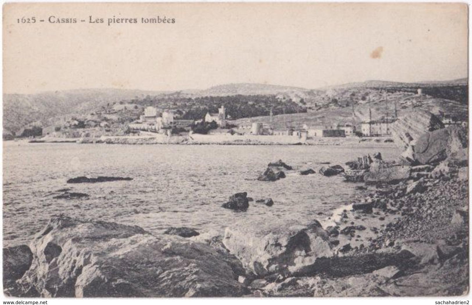 13. CASSIS. Les Pierres Tombées. 1625 - Cassis