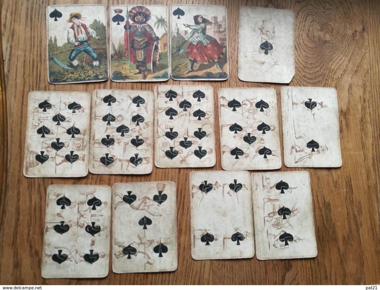 Etrange Jeu De Cartes  Ancien: Complet De Ses 4 X 13 Cartes.  Voir Scans.  Port Rec France Gratuit - Jouets Anciens