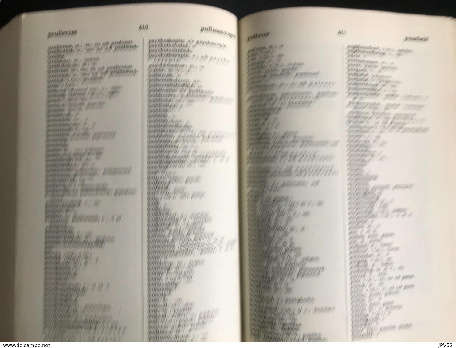 (324) Het Groene Boekje - Woordenlijst Nederlandse Taal - 1954 - 645p. - Dictionaries