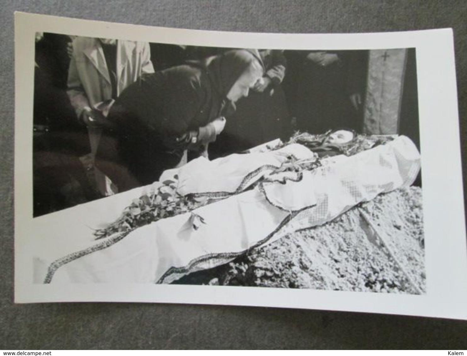 POST-MORTEM WOMAN, FEMME POST-MORTEM, ORIGINAL PHOTO - Personnes Anonymes