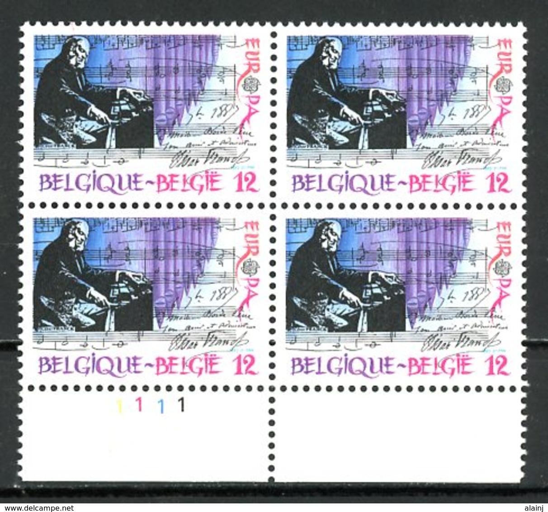 BE   2175   XX   ---  Europa : Musique  --  Bloc De 4  Bord De Feuille  --  Parfait état - 1981-1990