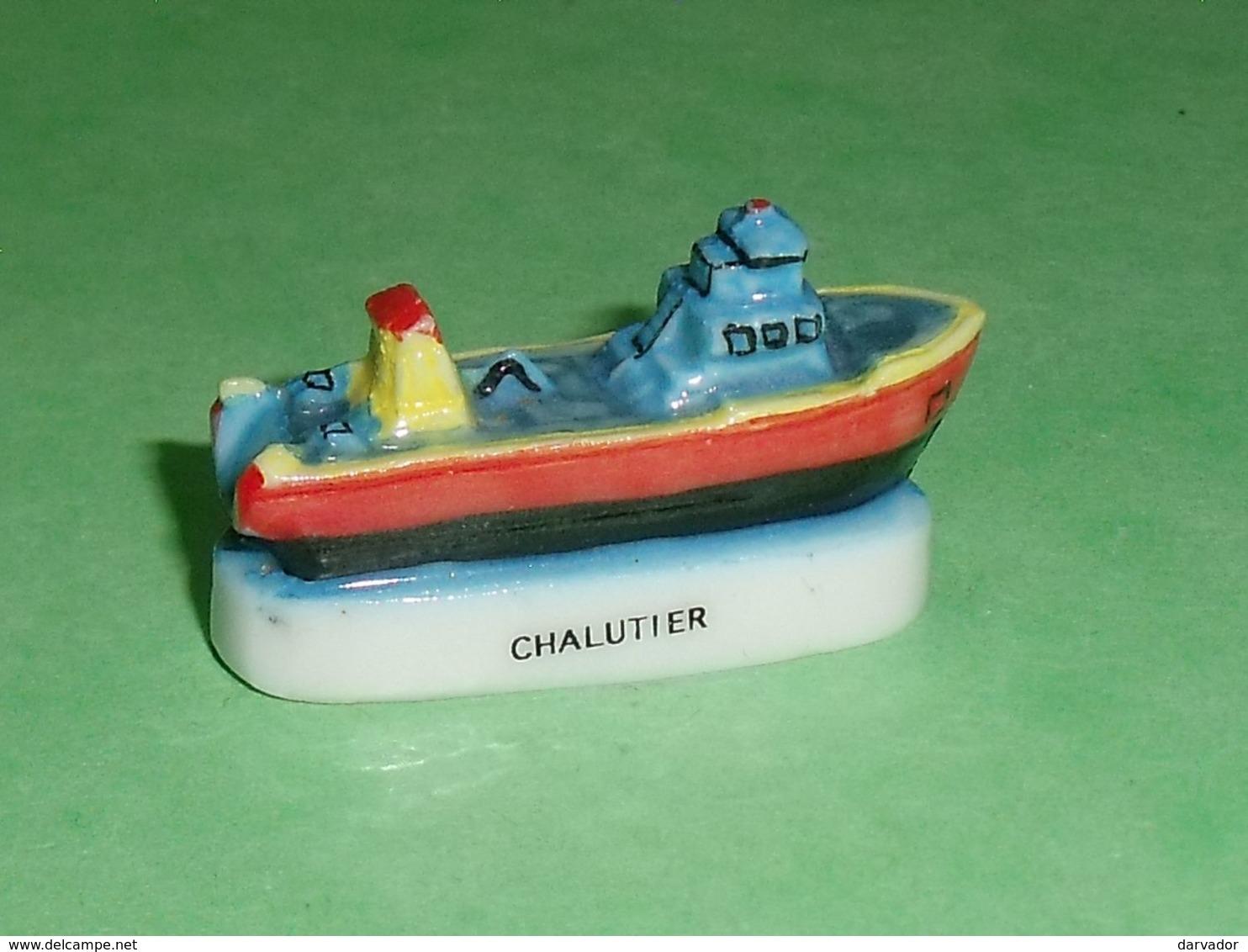 Fèves / Sports : Chalutier , Bateau   T16 - Sport