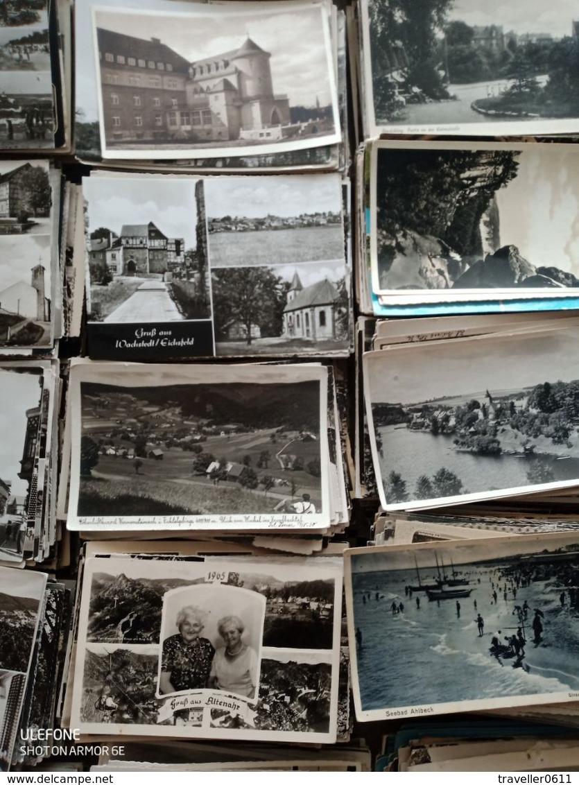 4300 Ansichtskarten S/w, Deutschland In Altem Koffer, 19 Kg - 500 Postcards Min.