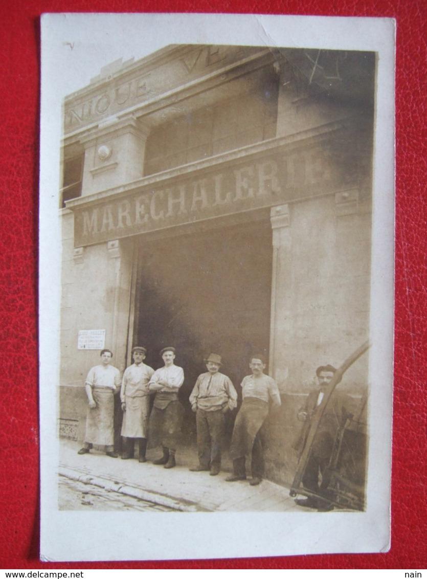"""13 - MARSEILLE - CARTE PHOTO - """" MARECHALERIE , DANS LA CLINIQUE VETERINAIRE :  CARD - PAILLET """" - - """" TRES TRES  RARE """" - Old Professions"""