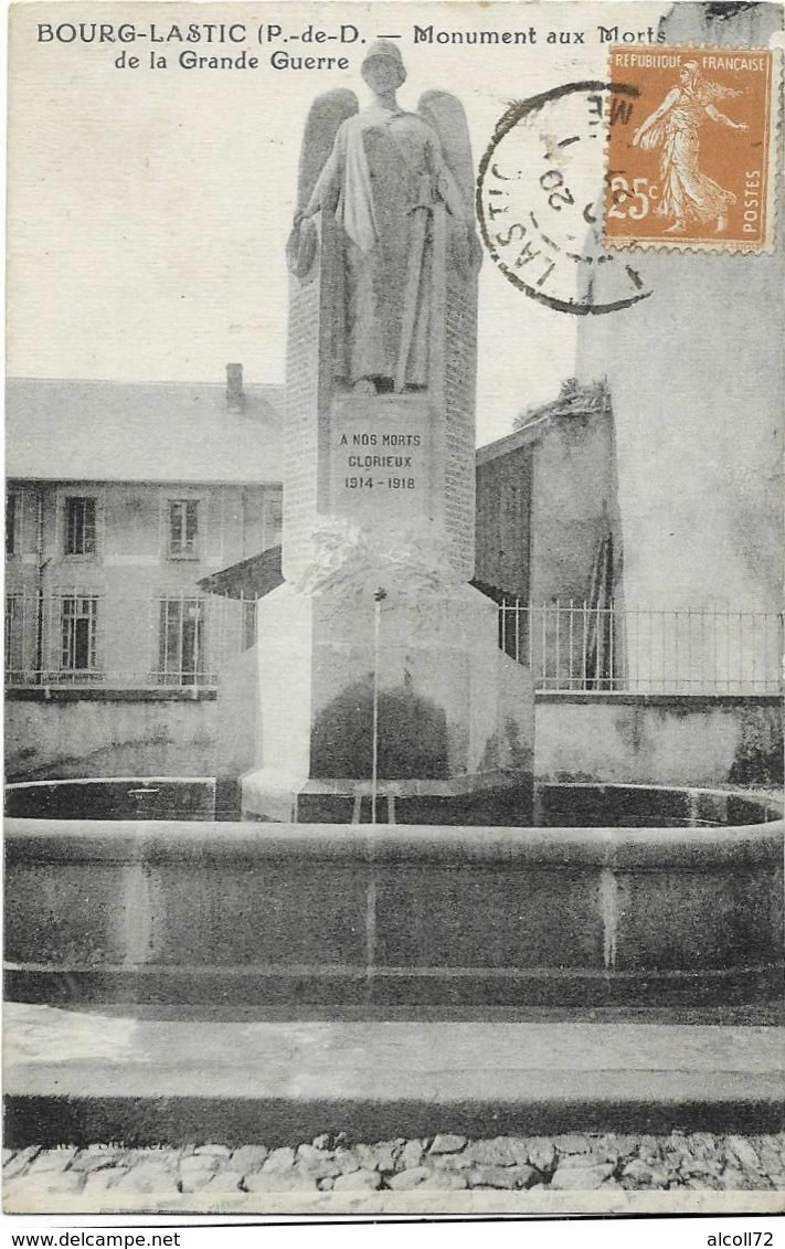 BOURG LASTIC: Monument Aux Morts De La Grande Guerre - Otros Municipios