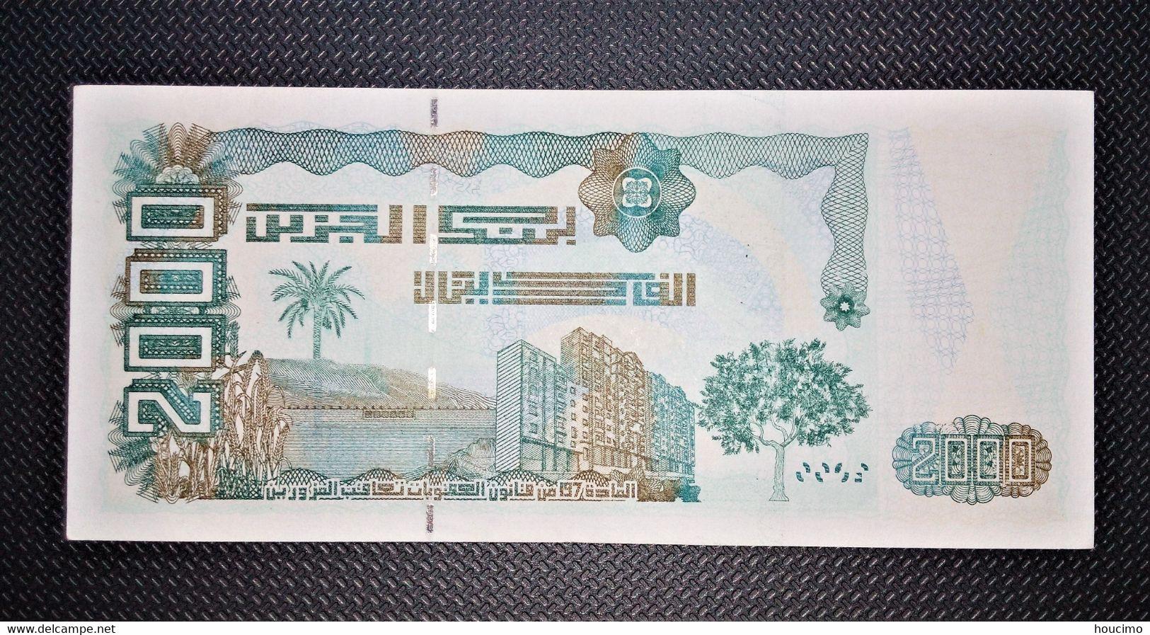 Billet Deux Mille Dinars Algérien - Algerien