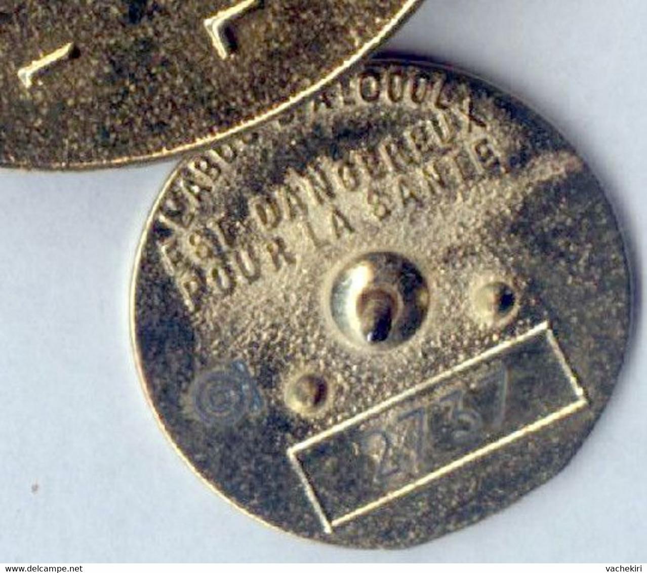 BIG Pin's Limité CHAMPAGNE COGNAC REMY MARTIN Boisson Alcool - Bevande