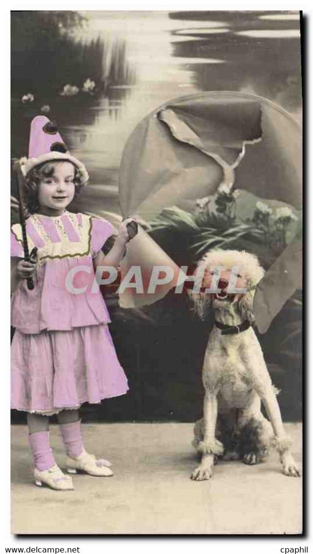 CPA Enfant Caniche Chien - Artistas