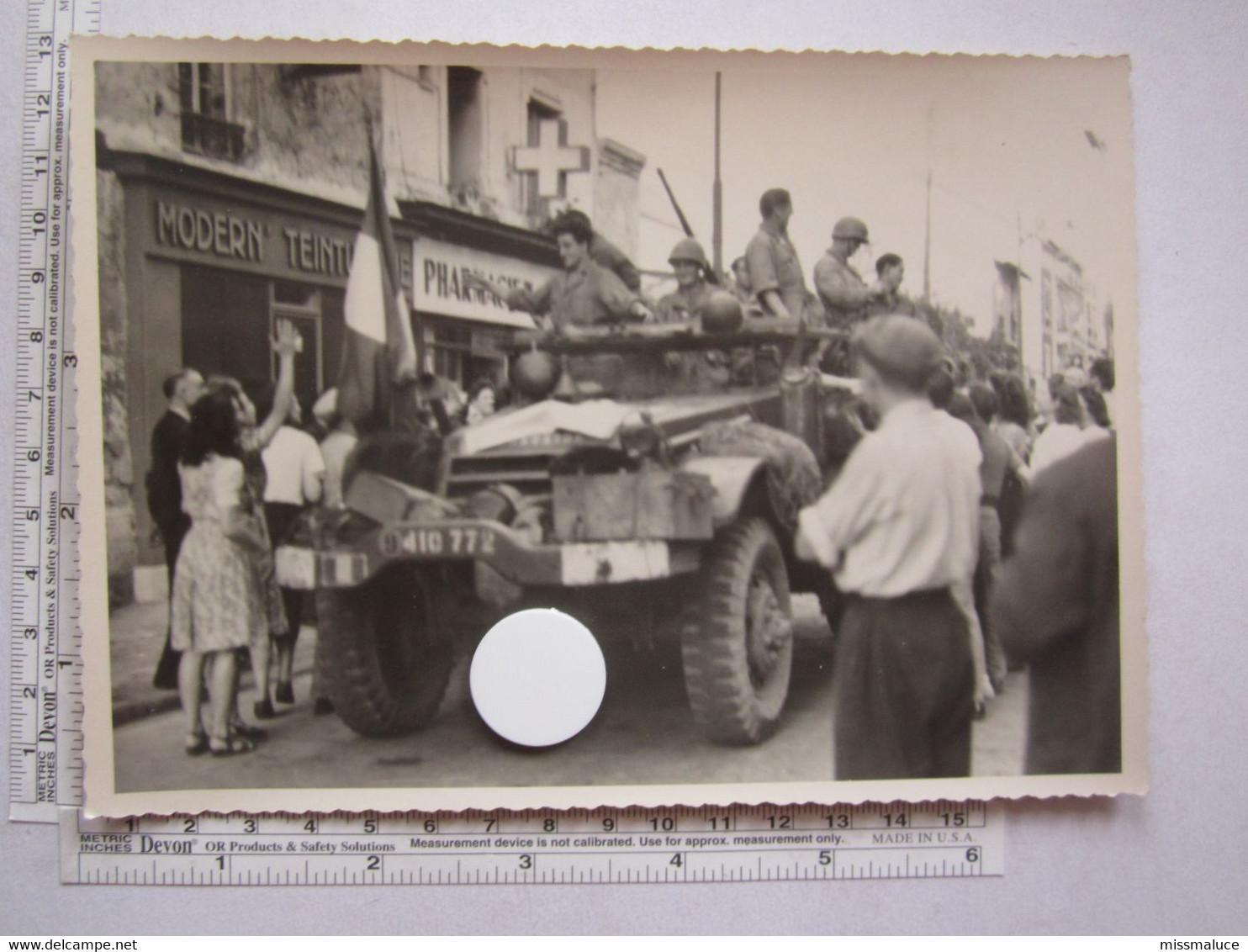 Militaire Militaria Photo Photos Véhicule Américain Libération France 1944 Clamart - Guerre, Militaire