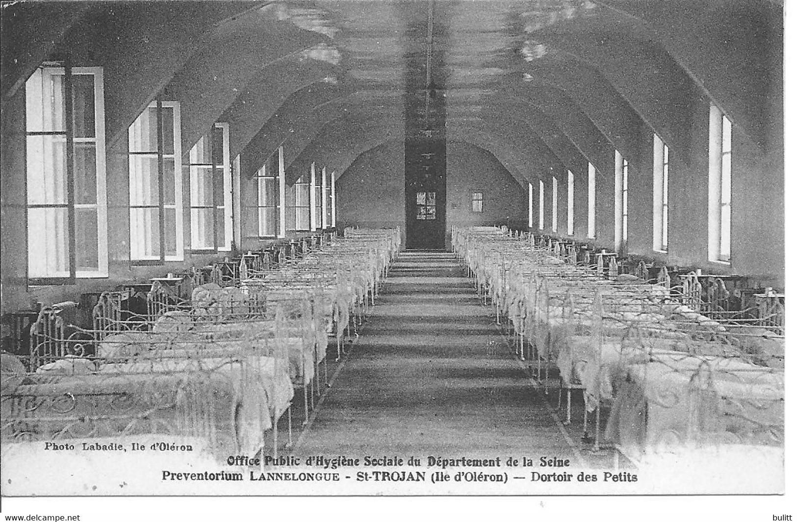 ILE D'OLERON - SAINT TROJAN - Préventorium LANNELONGUE - Un Dortoir - Ile D'Oléron