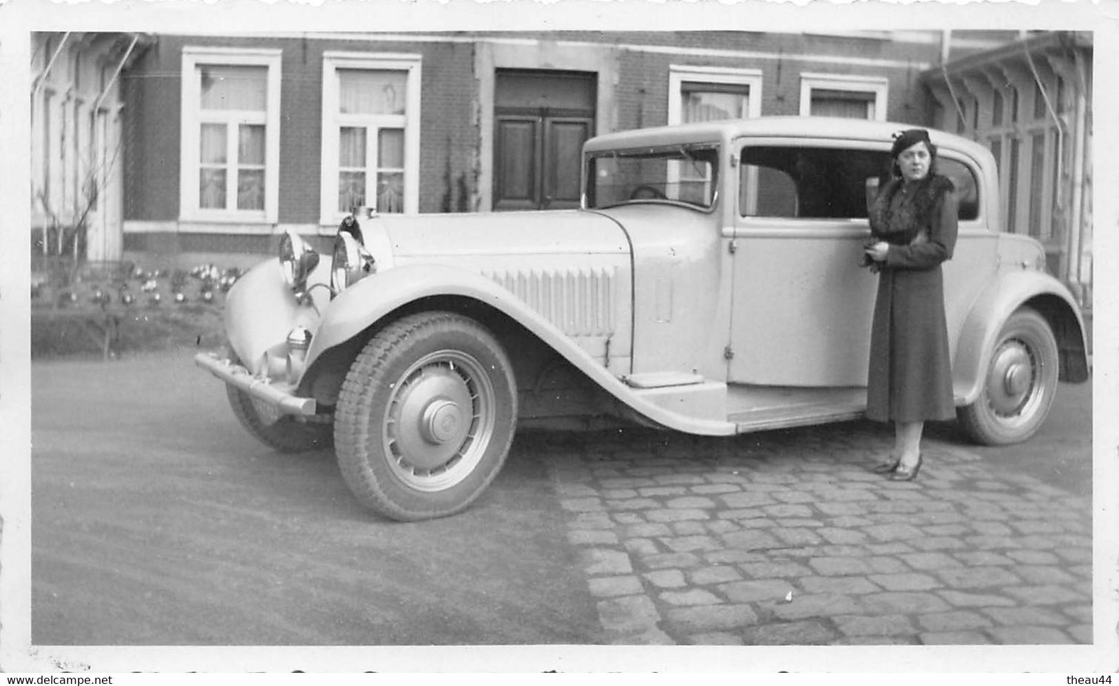 """¤¤  -  Cliché D'une Femme Devant Une Voiture """" BUGATTI """"  Type 46  -  Voir Description   -  ¤¤ - Passenger Cars"""