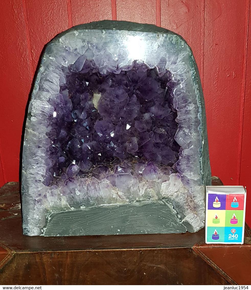 AMETHYSTE D ENVIRON 30 KG - Minerals