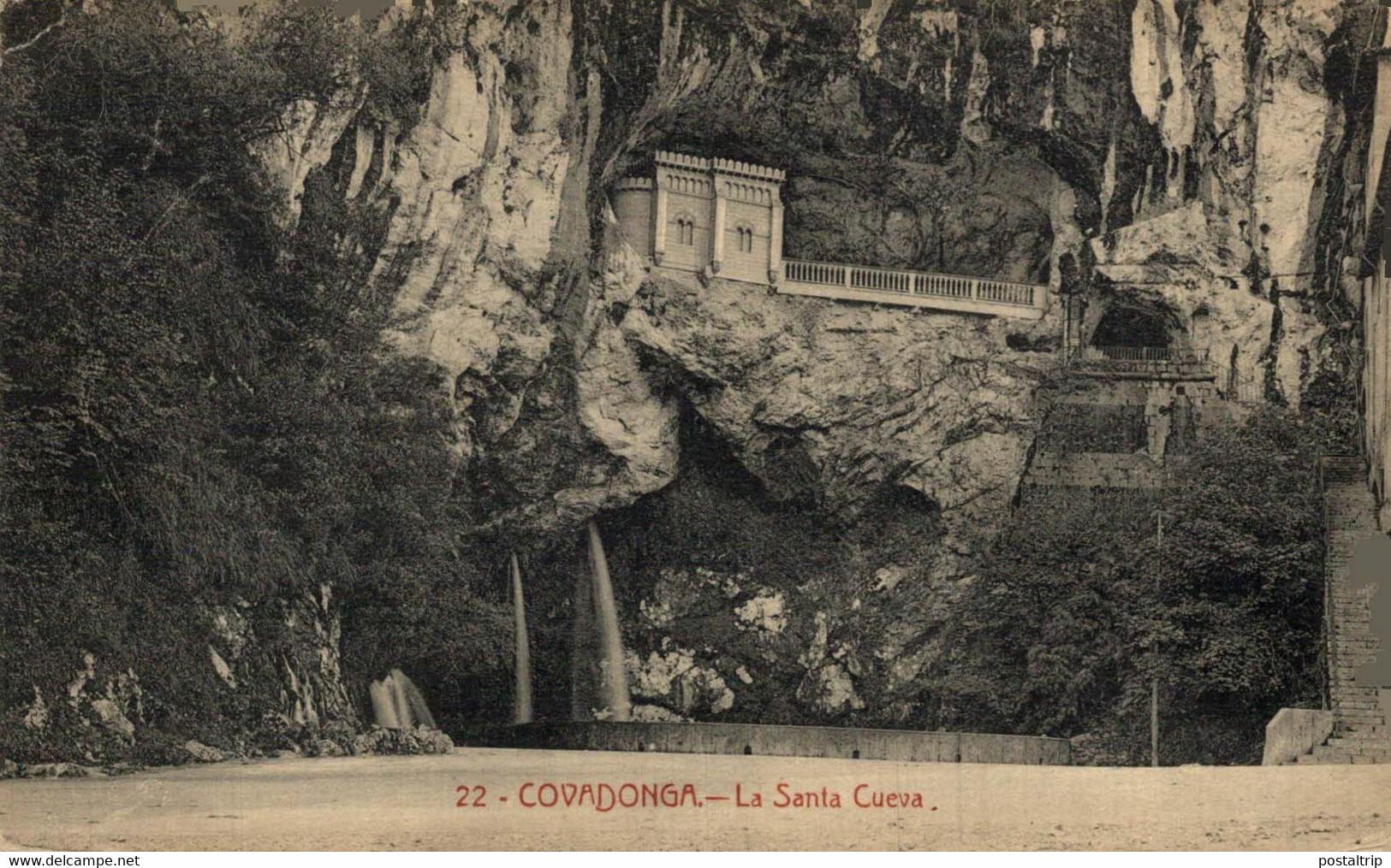 Covadonga La Santa Cueva  ASTURIAS  ESPAÑA - Asturias (Oviedo)