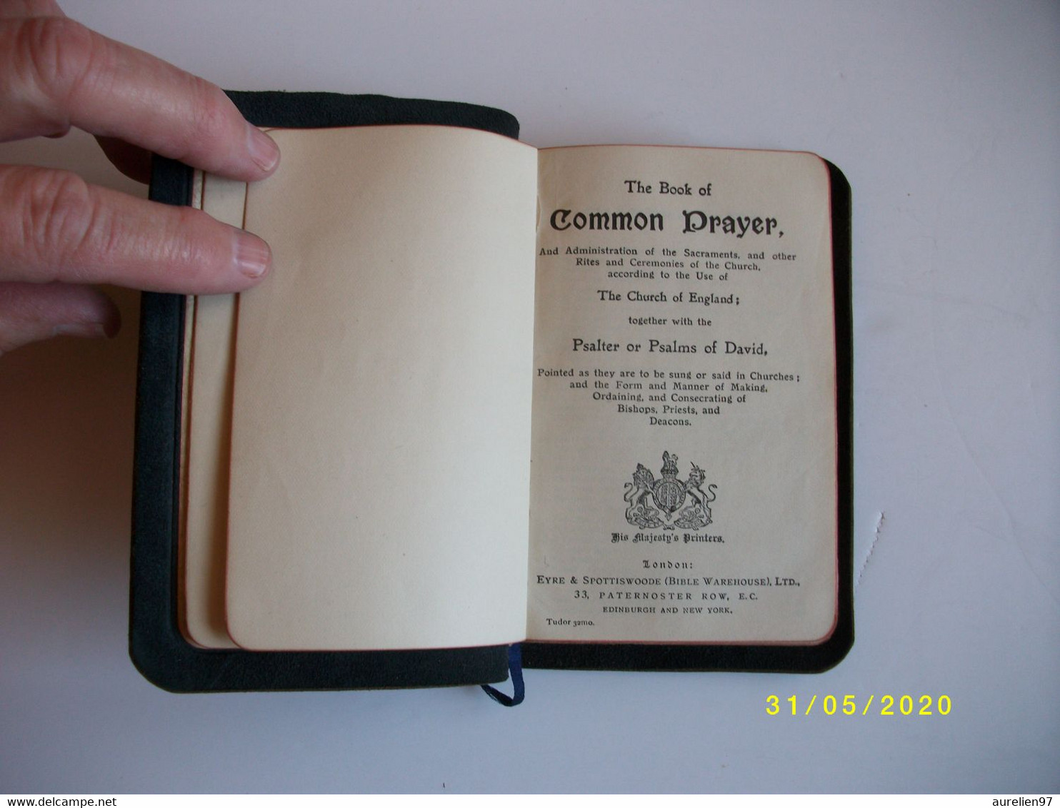 THE BOOK OF COMMON PRAYER - Christianity, Bibles