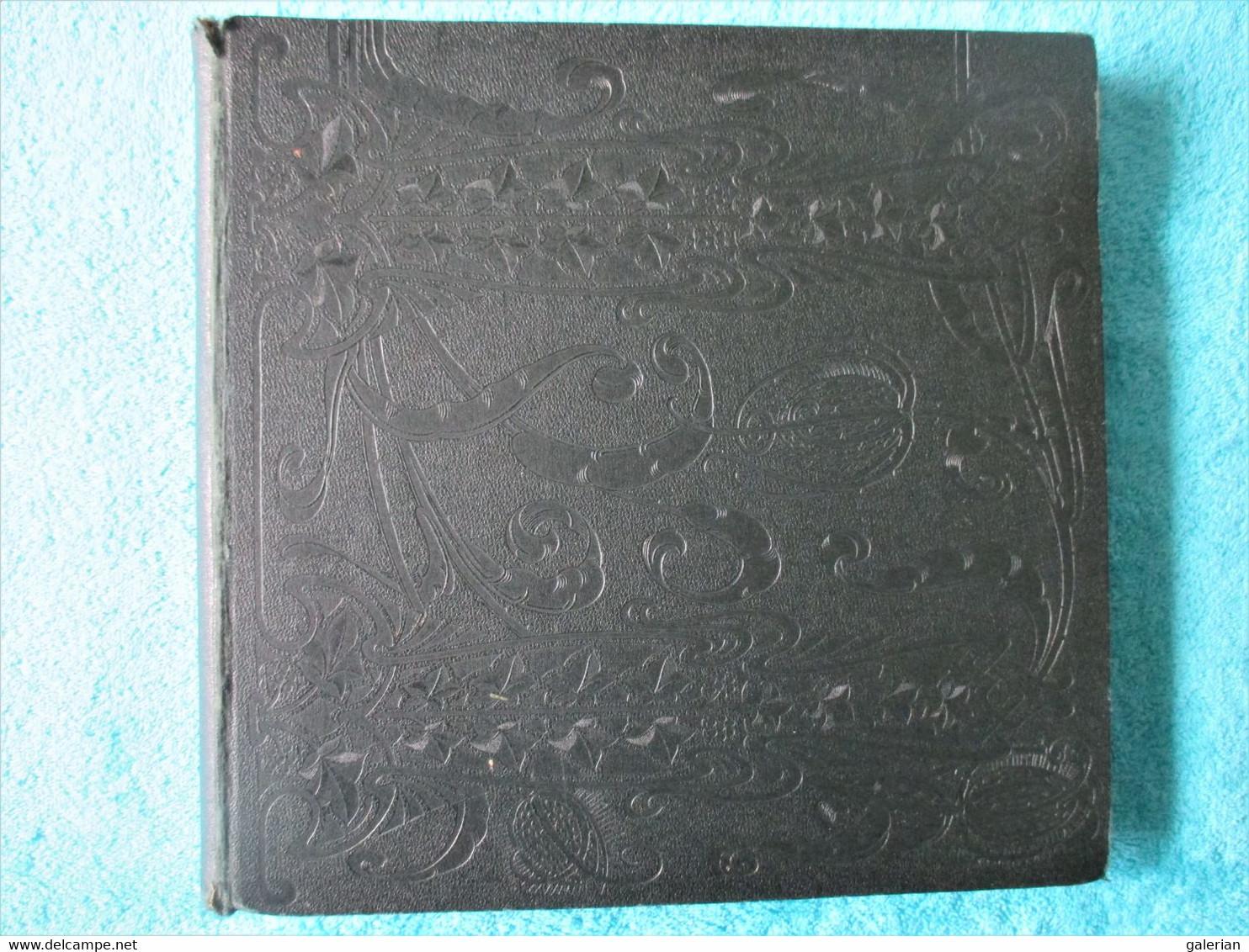 Album Vide Pouvant Contenir 1008 Cartes Postales. - Albums, Binders & Pages
