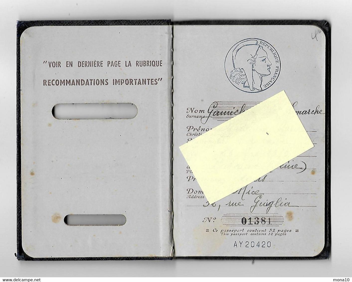 Passeport - 1955 -Nouvelle Calédonie;Nouméa ;Diakarta ,Australia ,Genova...timbre Fiscal;150-200 Francs - Historical Documents