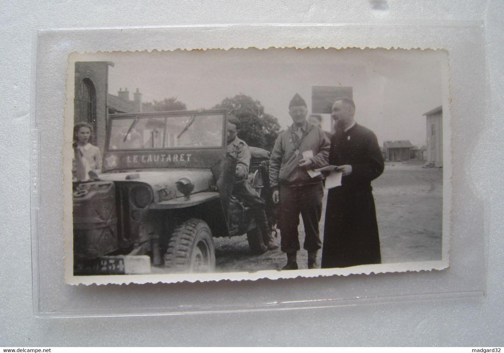 PHOTO Du Révérend HOUCHET Aumônier De La Division LECLERC - Guerre, Militaire