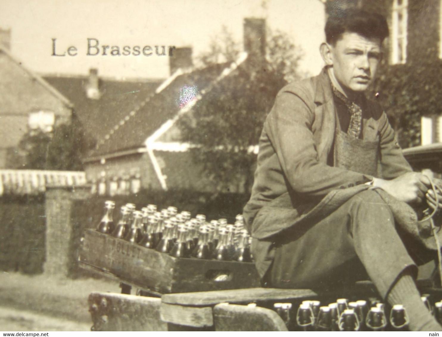 "BELGIQUE - OSTENDE - CARTE PHOTO - "" LE BRASSEUR - ATTELAGE , VOITURE A CHIEN "" -... OLLET ..."" TRES RARE "" ------ - Oostende"