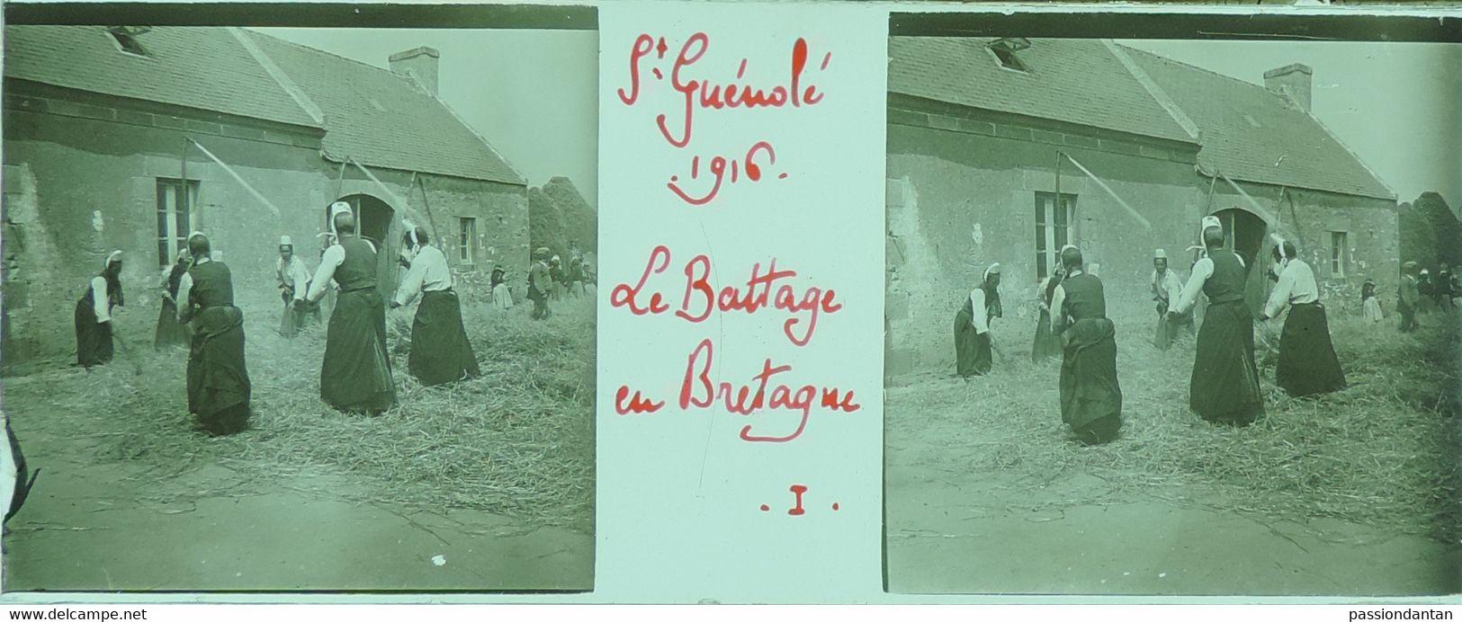Plaque De Verre Stéréoscopique Positive - Finistère - Penmarc'h - Saint-Guénolé - Le Battage En Bretagne - Diapositiva Su Vetro
