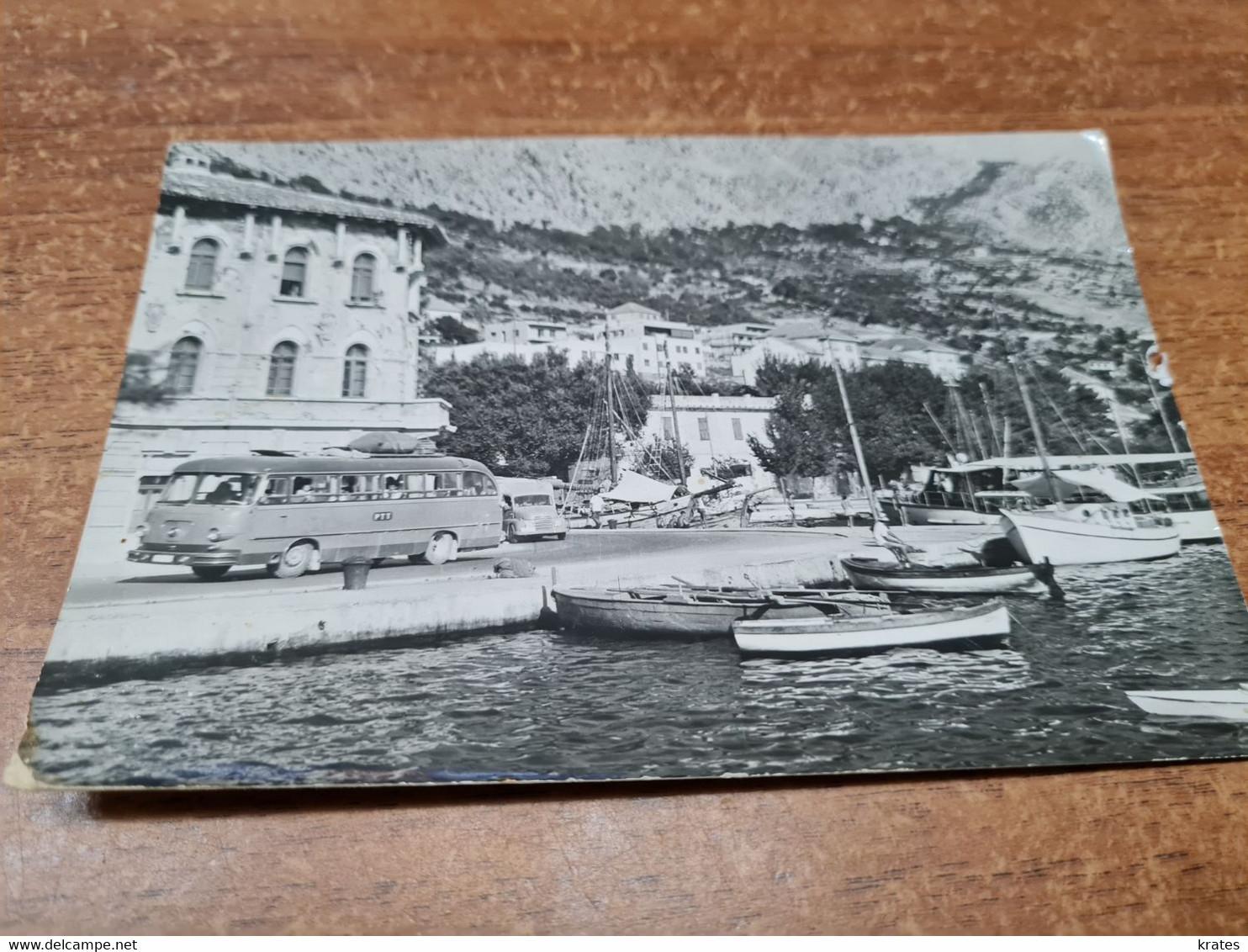 Postcard - Croatia, Omiš, Bus     (V 35525) - Kroatië