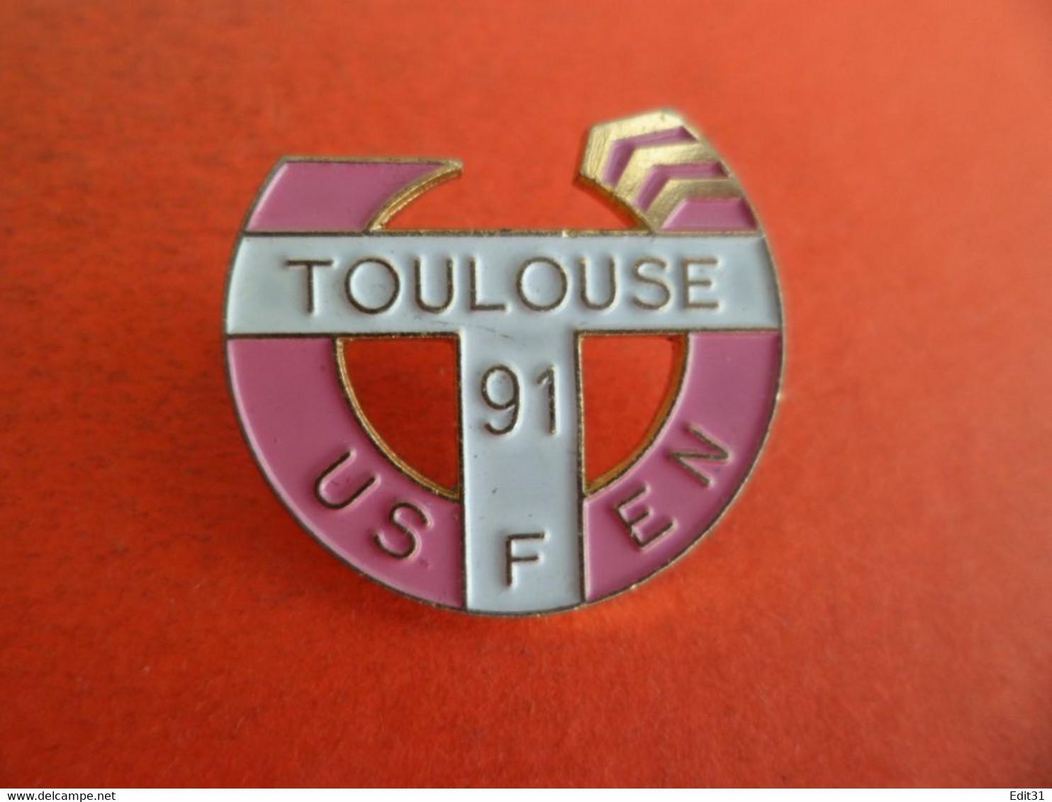 PIN'S PINS - émail USFEN TOULOUSE - 1991 - Union Sportive Française De L'Education Nationale - Golf - Golf