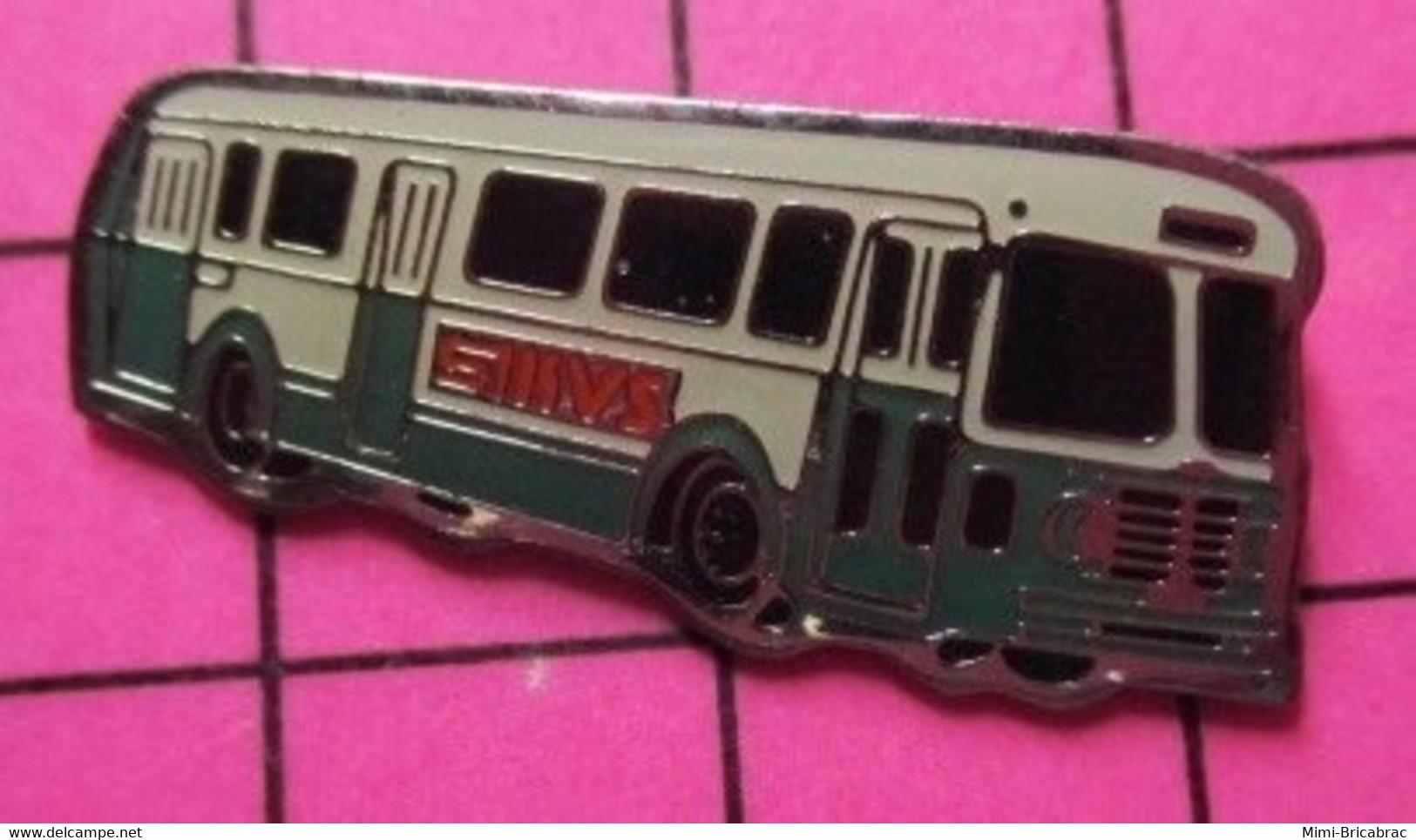 SP01 Pin's Pins / Beau Et Rare / THEME : TRANSPORTS / AUTOBUS ROUTIER VERT ET BLANC SMVS ? - Trasporti