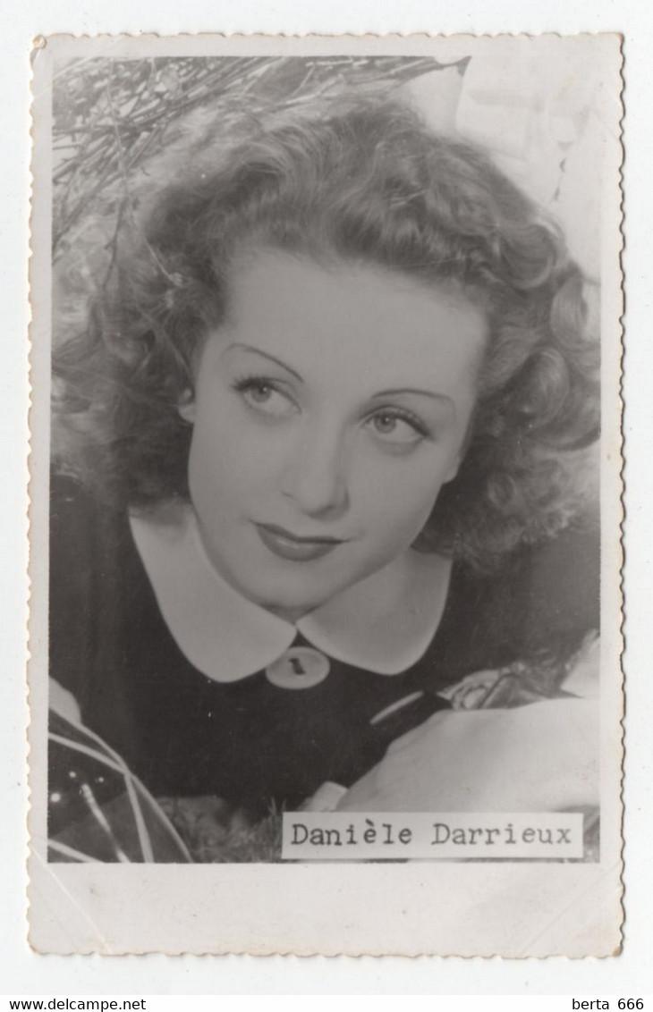 Danielle Darrieux  Actress Real Photo Vintage Postcard - Acteurs