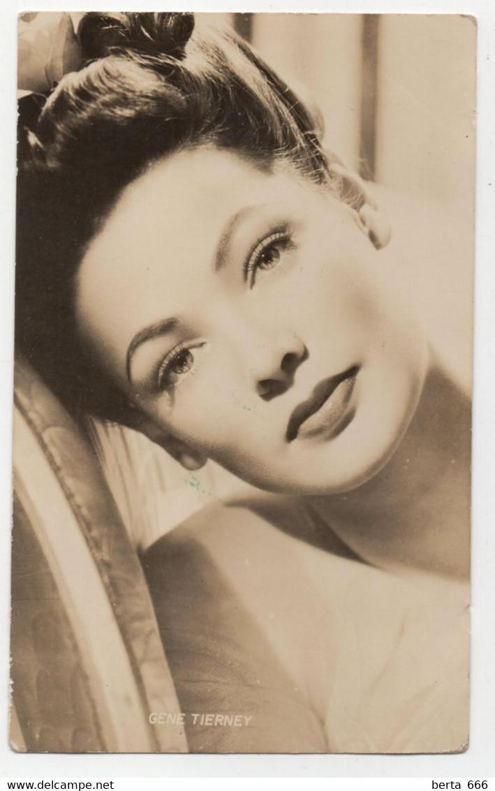 Gene Tierney  Actress Real Photo Vintage Postcard - Acteurs